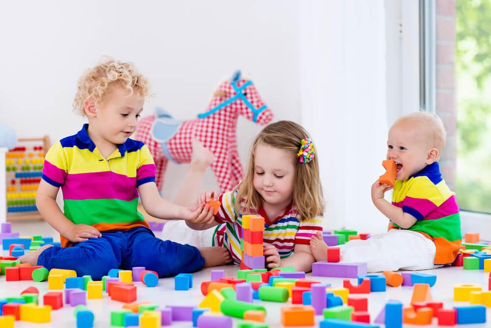 Kinderspielzeug aus Naturmaterialien