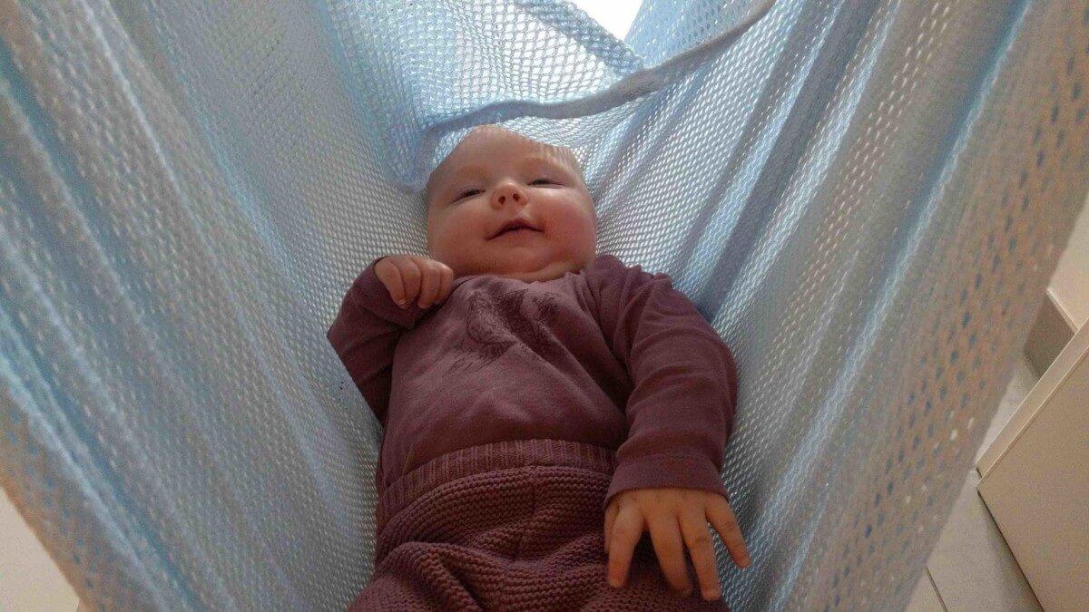 Schlafprobleme mit Baby: Warum uns die Federwiege gerettet hat